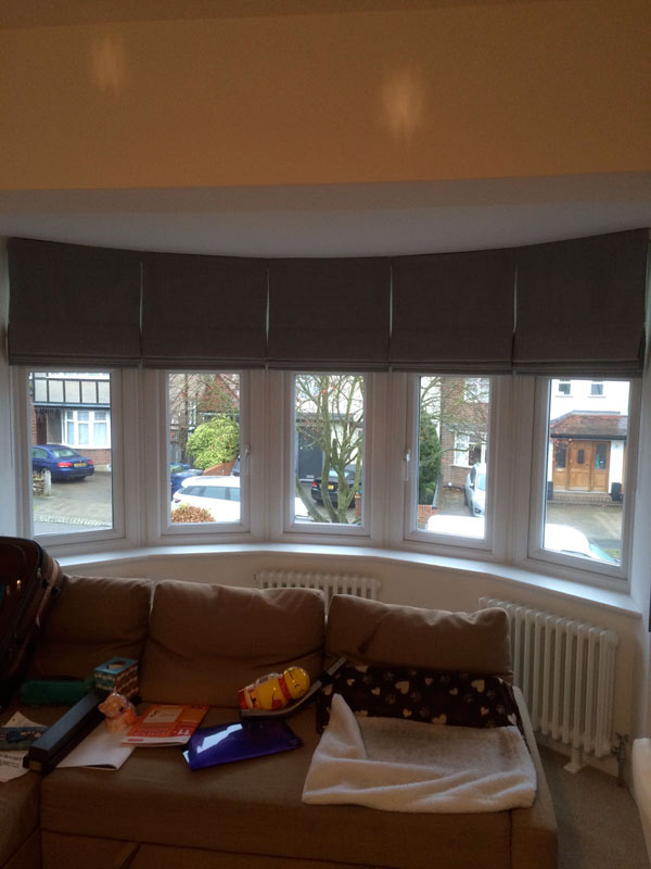 Roman blinds bay window north london for Roman shades for bay windows