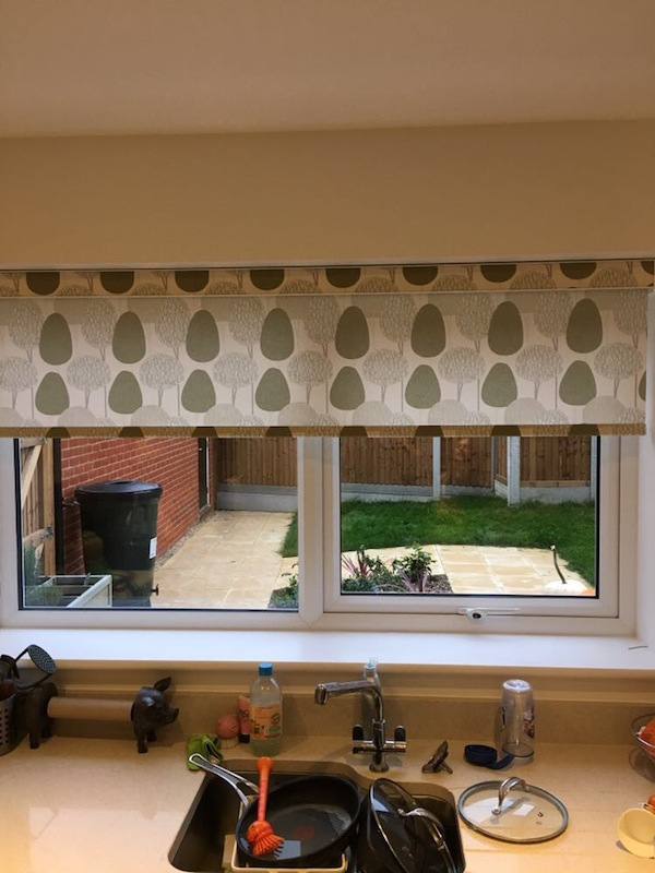 country kitchen roman blinds patterned roller blinds kitchen blinds chelmsford 6136